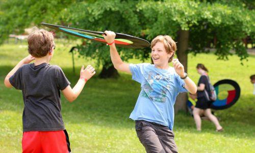 Frisbee (6)
